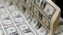 Forex, Dollaro ritraccia su aspettative taglio tassi Usa per coronavirus