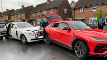 Fahrer eines 275.000 € teuren Rolls Royce flieht nach Unfall mit 176.000 € teurem Lamborghini