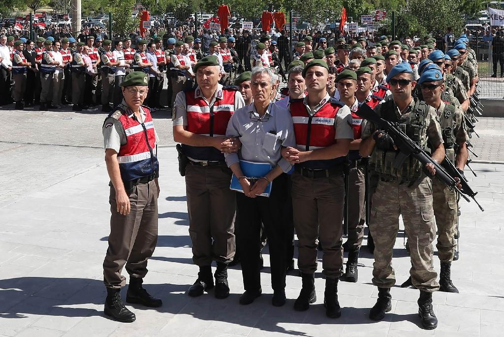 Turkish prosecutors demand heavy life sentences for former airforce commander Akin Ozturk and other senior military officers on trial for their role in a 2016 failed coup against President Recep Tayyip Erdogan