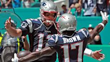 Tom Brady tweets support for Antonio Brown