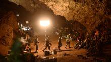 """Thaïlande : les 12 enfants pris au piège d'une grotte retrouvés """"sains et saufs"""""""
