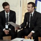 French leader promotes foreign investment at Versailles