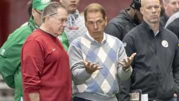 Recruit says Saban's rings sold him on 'Bama
