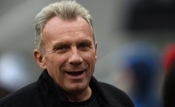 Joe Montana recovering from shoulder replacement, infection