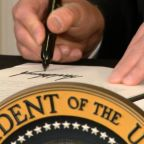 Trump signs executive orders on coronavirus relief
