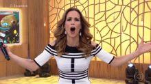 Ana Furtado é zoada ao vivo e responde internauta no 'Encontro'