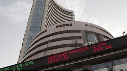 Equity indices close at record highs