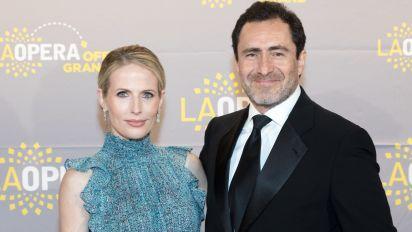 Oscar nominee announces tragic death of model wife