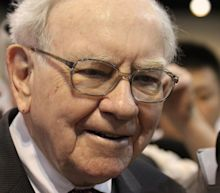 82% of Warren Buffett's Portfolio Is in These 3 Sectors