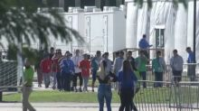 Congress members tour migrant facility in Florida