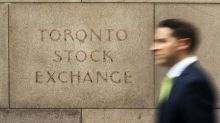TSX ends flat but climbs 1.9 percent on the week