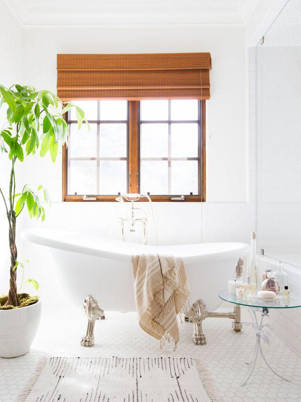7 Decor Mistakes To Avoid In A Small Home: The One Small Bathroom Decorating Mistake A Designer Wants