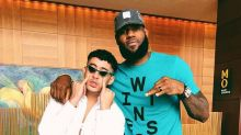 Esta foto de Bad Bunny con LeBron James está dando de qué hablar; mira