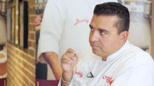 WATCH: 'Cake Boss' Buddy Valastro tries Singapore's national cake