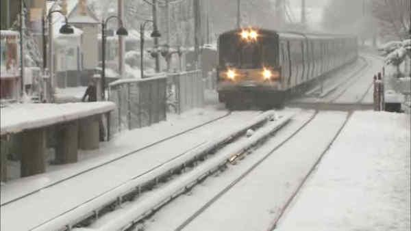 More snow blankets Long Island