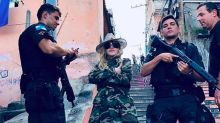 Critican a Madonna por este selfie en Brasil