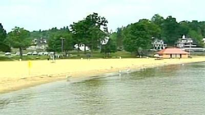 Bacteria Keeps People Off Weirs Beach