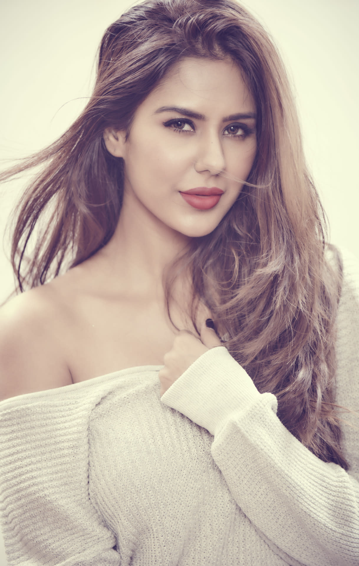 5 Punjabi actresses who we would love to see in Bollywood