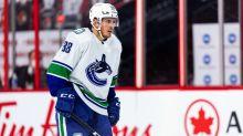NHL defensemen market shifts: Bruins keep Reilly, Jets trade for Schmidt