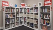 "CRRC ""China Bookshelf"" Establishes Chinese Culture Libraries in Australia"