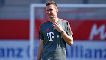 FC Bayern München: Miro Klose wohl als neuer Co-Trainer von Hansi Flick im Gespräch