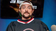 Kevin Smith Celebrates 51-Pound Weight Loss Milestone In New Pic 6 Months After Heart Attack