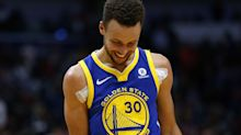 Stephen Curry leaves locker room on crutches after nasty right ankle sprain