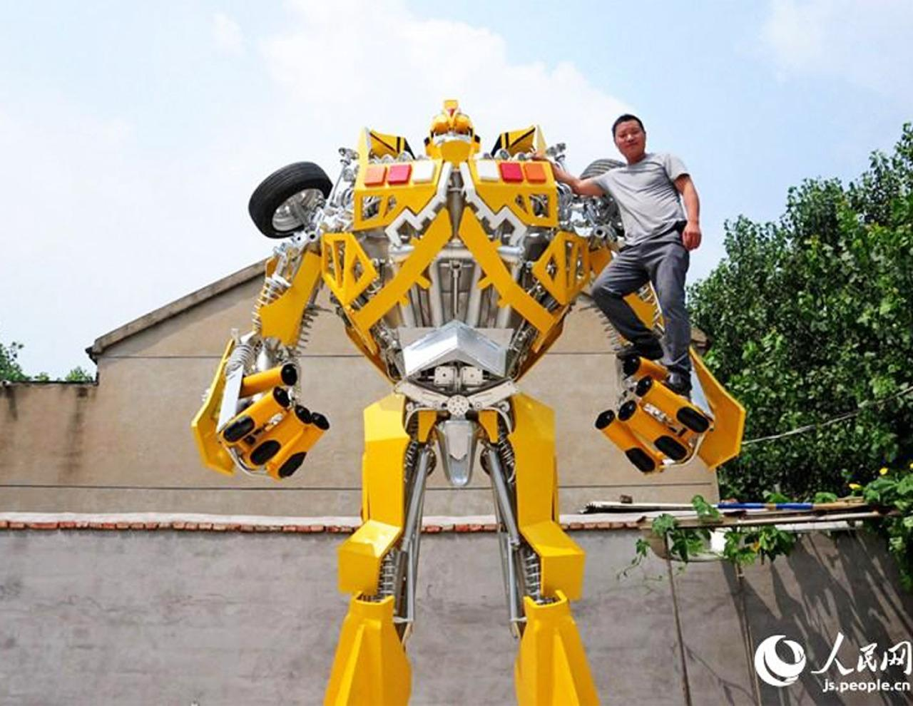 """<p>Wang Liansheng, a village welder in Jingtou Town, China, created the 16.4 feet, 6,000 pound Autobot, Bumblebee, with help from his brother, Wang Yugan. He was inspired to work on the year-long project after taking his son to see the latest Transformers film last year. (Credit: <a href=""""http://js.people.cn/"""" rel=""""nofollow noopener"""" target=""""_blank"""" data-ylk=""""slk:Js.people.cn"""" class=""""link rapid-noclick-resp"""">Js.people.cn</a>)</p>"""