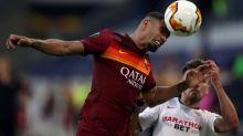 Brasileiro Bruno Peres e espanhol Carles Pérez da Roma testam positivo para covid-19