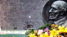 À Cayenne, la statue de l'abolitionniste Victor Schœlcher renversée