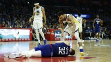 Blake Griffin takes elbow to head, leaves game with concussion