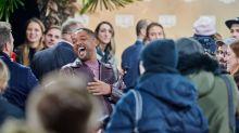 """Will Smith se irrita com piada sobre seu casamento, bloqueia usuário, mas admite: """"foi engraçada"""""""
