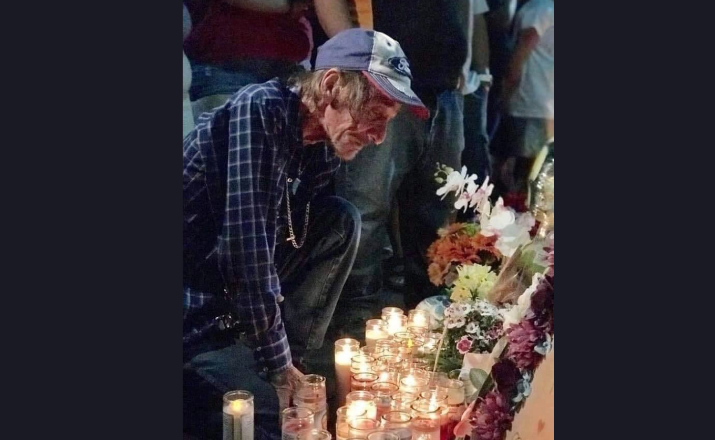 Man who lost wife in El Paso shooting invites community to funeral, as he has no family left