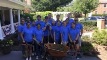 Combined Insurance Employees Volunteer at the Hines Fisher House in Illinois
