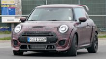 Mini Hardtop JCW GP spied angrily running around the 'Ring