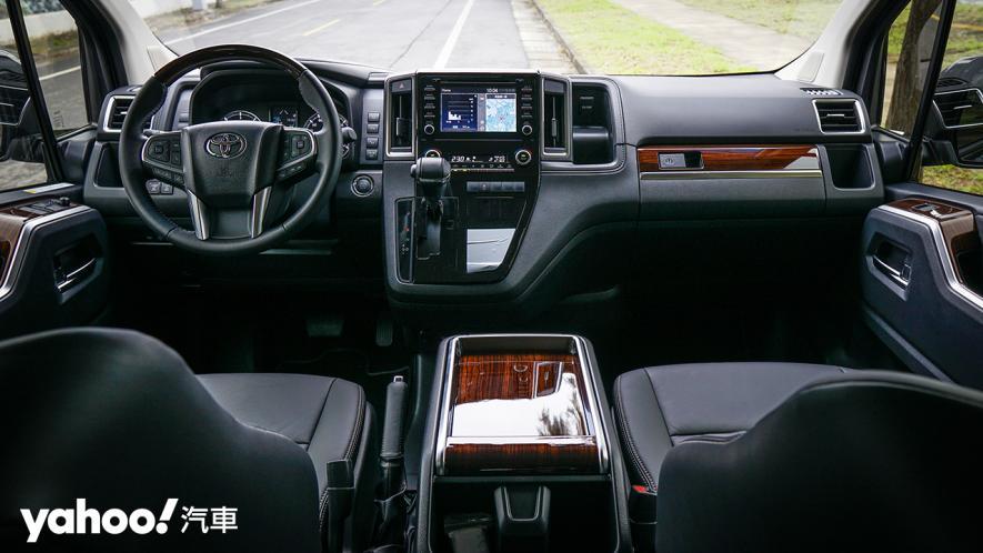 行商務之旅、享豪華之實 全新Toyota Granvia 6人座旗艦版試駕! - 6