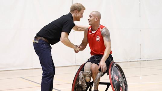 Prince Harry meets teams in Canada for the Invictus Games
