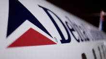 Delta, American drop domestic change fees, matching move by United