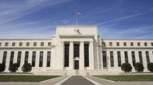 Fed minutes: Fed split over path of rate hikes