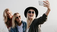 Selfies are causing a rise in people needing surgery for sore wrists, says doctor