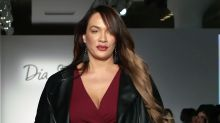 Watch Nia Jax's runway debut at theCURVYCon fashion show