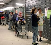Coronavirus: New Zealand locks down Auckland after cases end 102-day run