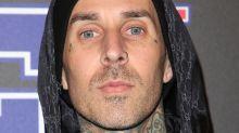 Blink-182-Drummer Travis Barker in Unfall mit Schulbus verwickelt