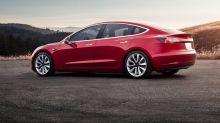 Bond oggi: il Tesla 5,3% rende l'8% e ha un nuovo rivale in casa