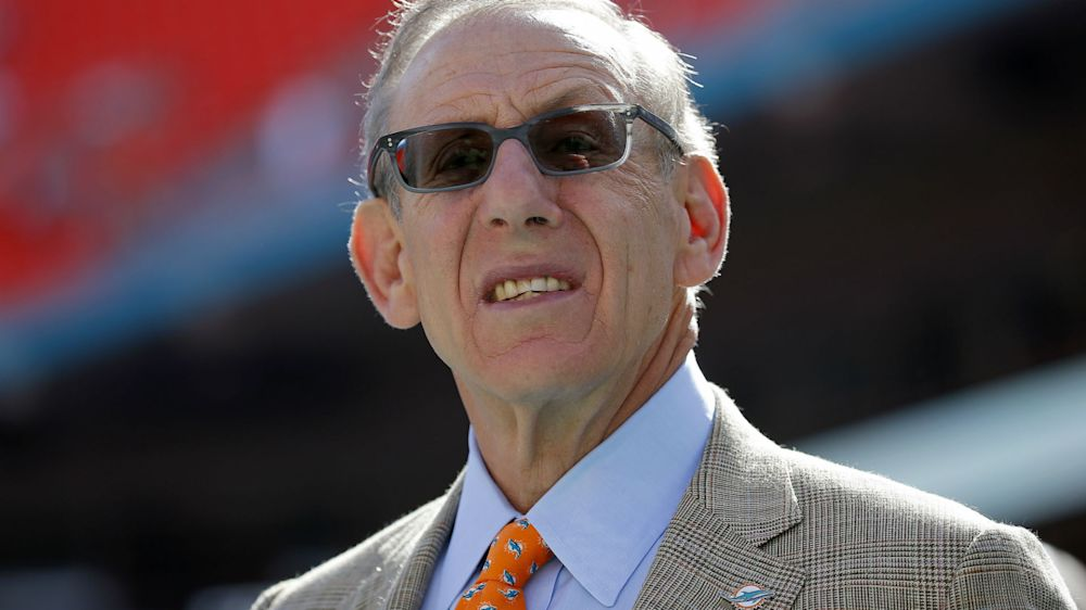 Dolphins owner explains why he voted against Raiders' move to Las Vegas