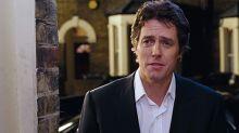 """Hugh Grant revela que detesta su escena de baile en 'Love Actually': """"Fue un absoluto infierno"""""""