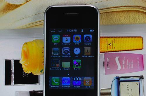 Keepin' it real fake: next-gen iPhone has a bold, KIRF-y impertinence