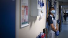 Coronavirus: NHS workers have 'most important job' –