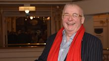 Christopher Biggins calls decision to shut down panto amid COVID fears 'disgusting'
