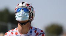 """""""Ça fait partie du jeu, chacun l'a accepté"""": journée de tests Covid sur le Tour de France, avec la menace d'une exclusion s'il y a trop de cas dans une équipe"""